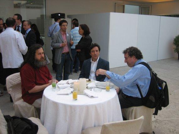 a pranzo con Bruce Perens, Richard Stallman e Arturo Di Corinto